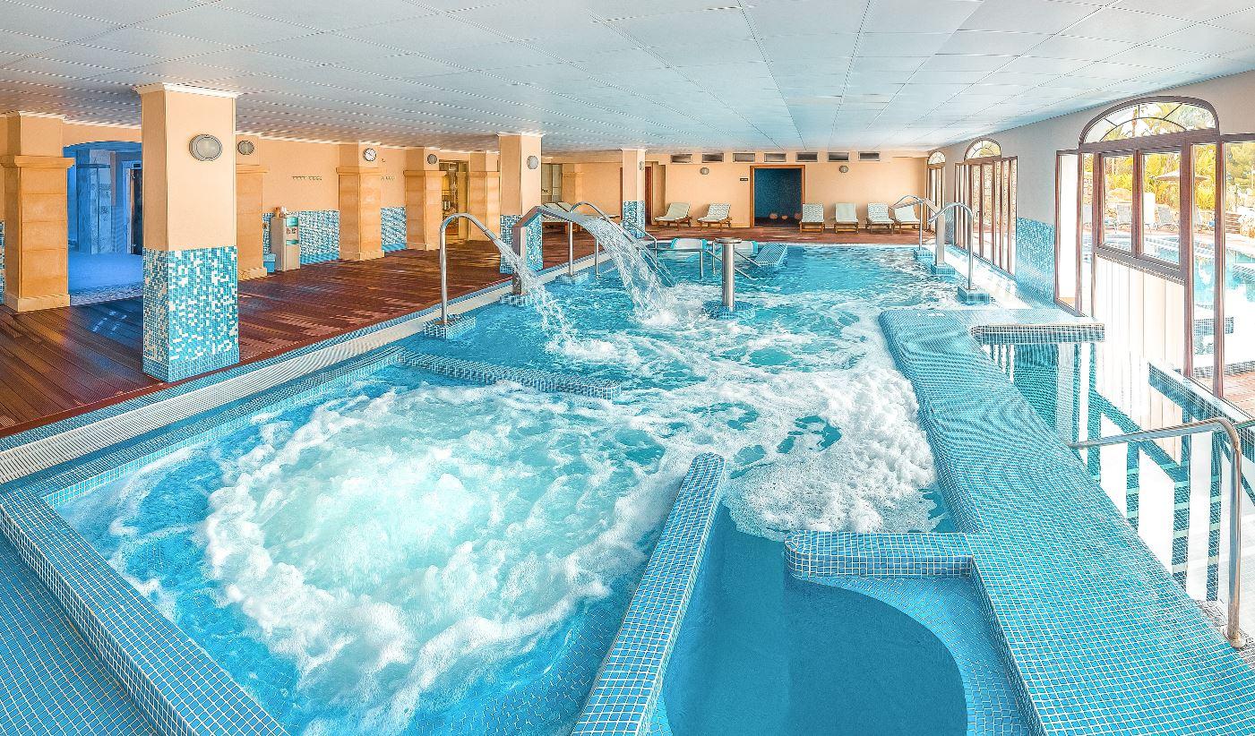 mejores hoteles con spa y jacuzzi. sh villa gadea. club termal