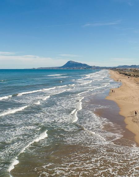 playa de oliva. alto turismo