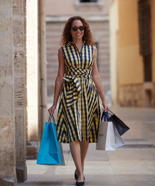 de compras por valencia. alto turismo